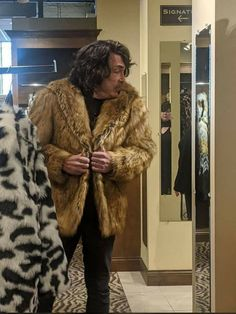 Rock And Rool, Paul Stanley, Kiss Band, Hot Band, Star Children, Fur Coat, Jackets, Ps, Army