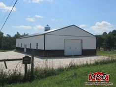"""Building Dimensions: 40' W x 80' L x 12' 6"""" H (ID#: 456) 40' Standard Trusses, 4' on Center, 4/12 Pitch, For More Details: http://pioneerpolebuildings.com/portfolio/project/40-w-x-80-l-x-12-6-h-id-456-total-cost-contact-us"""