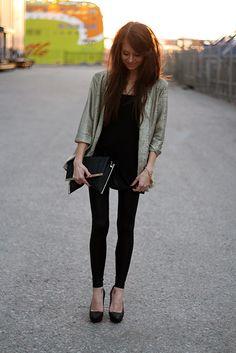 LOVE this sleek, all black, look!!!