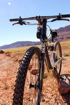 I have never ridden a bike equipped with a Lefty fork, and the idea of doing so scared me a little. Mt Bike, Bicycle, Cannondale Lefty, Bike News, Cycling Bikes, Bikers, Mtb, Mountain Biking, Bicycles