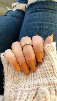 Ongles Beiges, Fake Nails With Glue, Nagellack Trends, Fall Nail Art Designs, Nails Design Autumn, Fall Nail Colors, Color Nails, Gel Color, Yellow Nails