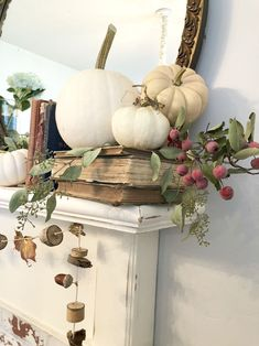 All things autumn ~ home tour - - - Deko Herbst Fall Mantle Decor, Fall Home Decor, Autumn Home, Fall Mantels, Thanksgiving Decorations, Seasonal Decor, Holiday Decor, Thanksgiving Mantle, Table Halloween