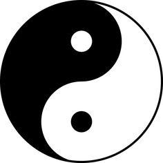 """Es probable que el símbolo (""""isologo"""") del Yin-Yang sea visualmente la imágen más representativa del contraste a través de la historia y de la cuál se han basado innumerables diseños hasta la actualidad. """"Si en el universo existen contrarios, realidades que parecen no conciliarse, como (...) la paz y la guerra, la quietud y el movimiento, la armonía entre estos contrarios no se producirá anulando uno de ellos, sino precisamente dejando que ambos vivan en una tensión continua."""" (p. 72)."""