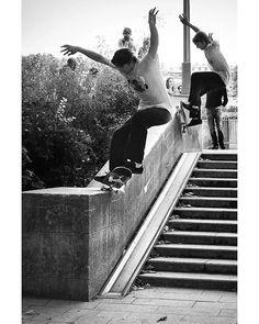 jkjhnsn dans la dernière vidéo @quasiskateboards 🤯📷 @alexbrpires 📹 @101chich Skateboard Pictures, Skate Shop, Skateboarding, Magazine, Artwork, Shoes, Instagram, Work Of Art, Zapatos