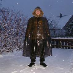 Mens Cape, Rain Wear, Jon Snow, Fur Coat, Goth, Mens Fashion, Fictional Characters, Style, Rain Fashion