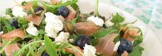 Salade met gerookte zalm & geitenkaas