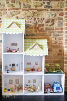 DIY maison de poupée Plus Mini Doll House, Barbie Dream House, Tiny Furniture, Dollhouse Furniture, Muñeca Diy, Diy Dollhouse, Business For Kids, Diy Toys, Play Houses