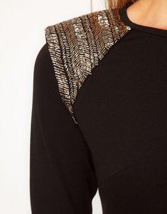 Плечевой декор (подборка) / Вышивка / Модный сайт о стильной переделке одежды и интерьера