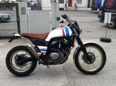 A Honda Transalp is customized to … a scrambler. The Honda Scransalp! | moto-choice.com