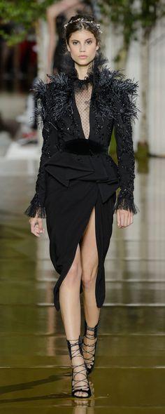 Zuhair Murad Fall-winter 2017-2018 - Couture - http://www.orientpalms.com/Zuhair-Murad-6838 - ©ImaxTree