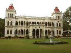 Famous King Kothi Palace in Hyderabad City