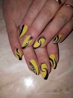 nail art yellow and white - Nail Art Nail Art Nail Art Stripes, Striped Nails, Blue Nails, Blue Nail Designs, Best Nail Art Designs, Pretty Nail Art, Cool Nail Art, Yellow Nail Art, White Nail