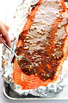 Mustard Salmon In Foil The homemade Honey Mustard Sauce in this delicious salmon recipe is SO delicious, and takes just a few minutes to prepare. Salmon In Foil Recipes, Delicious Salmon Recipes, Fish Recipes, Seafood Recipes, Cooking Recipes, Grilled Salmon Recipes, Cheap Recipes, Grilled Fish, Dinner Recipes