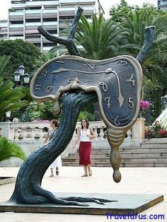 Urban Sculpture in Monte-Carlo, watches inspired by surrealist artist Salvador Dalí.