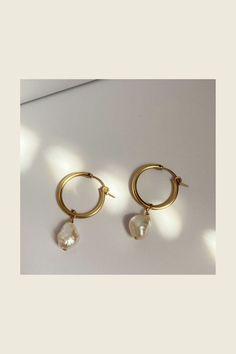Fall Jewelry, Trendy Jewelry, Summer Jewelry, Etsy Earrings, Pearl Earrings, Hoop Earrings, Dainty Gold Jewelry, Handmade Beaded Jewelry, Bridesmaid Earrings