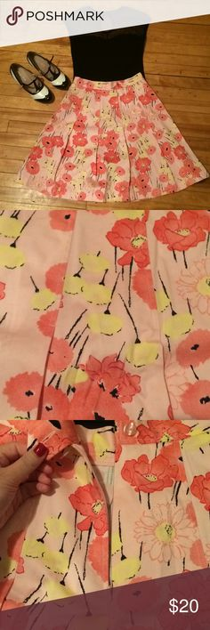 Floral Skirt You'll be too adorb for words in this flirty floral skirt by Apostrophe. Never worn and no damage! Size 6 Petite, waist is 14 inches when laid flat and total length is 22 inches. Apostrophe Skirts