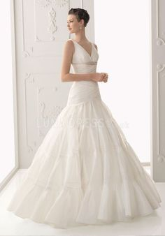 Informal Organza Straps A line With Beading Court Train Wedding Gowns