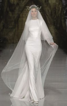 This Pronovias gown reminds me of an update on Julie Andrews wedding gown from The Sound of Music, which is so iconic for me. Wedding Dress Black, Wedding Dresses 2014, Wedding Dress Styles, Wedding Attire, Bridal Dresses, Modest Wedding, Bridesmaid Dresses, Vestidos Vintage, Vintage Dresses
