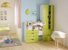 Das STUVA Aufbewahrungssystem von IKEA hat die richtige Höhe für Kinder und kann leicht angepasst und erweitert werden. (Foto: www.ikea.ch)