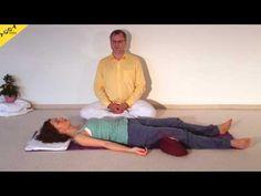 Yoga Anfängerkurs 10 Wochen - 3. Kurswoche Video 3D - mein.yoga-vidya.de - Yoga Forum und CommunityKomme schnell zu einer tiefen Entspannung. Dies ist die Entspannungstechnik, wie sie bei Yoga Vidya am populärsten ist, und wie sie Swami Vishnu-devananda gerne gelehrt hat. Sie ist für die meisten Menschen die effektivste Form der Entspannung.