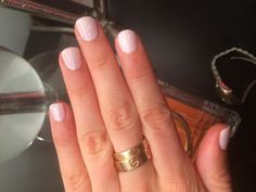 The most perfect pale, opaque pink CND Shellac combo: one layer of cake pop with one layer of romantique on top.