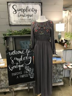 •simply spring• colors are slowly coming back to the boutique, stop in and shop spring 💐🌼💗 • • • • • • • • • #simplicityboutique17 #boutiquefashion #shopsmall #shoplocal #boutiqueshopping #floral #maxidress #embroidery #springfashion #springstyle #spring2018 #dressing Boutique Shop, Fashion Boutique, Spring Colors, Spring Fashion, Dressing, Embroidery, Formal Dresses, Floral, Shopping
