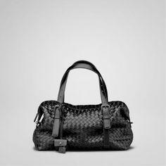 Bottega Veneta Bags And Handbags Nero Intrecciato Na Montaigne Bag 390 Replica