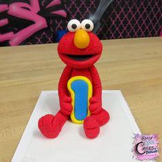 Elmo topper