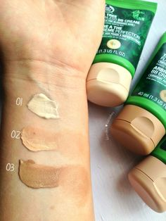 Review of The Body Shop's Tea Tree Flawless BB Creams! #bbloggers