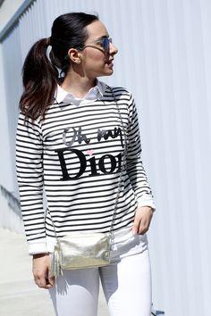 Keep Calm Trendy #sudadera #look #navy #lacambra #comocombinarsudadera #dorado #jeans #blancos #ohmydior #siemprehayalgoqueponerse #blog #moda