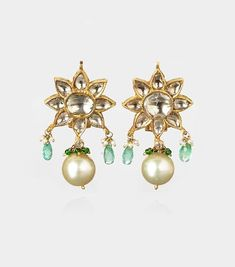 This pair of earrings are beautiful, would go great with something simple. Can go with an American outfit and Indian.