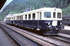 Pendelzug nach Bönigen in Interlaken Ost
