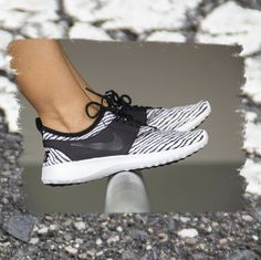 Nike Women Juvenate