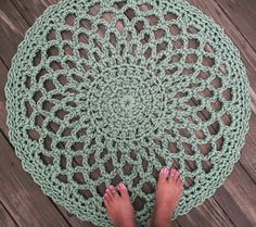 Sage Green Patio Porch Cord Crochet Rug in 33 Lacy Circle Pattern
