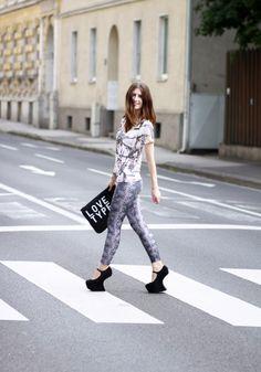 Die 68 besten Bilder von My outfits   My outfit, Mango tops und Style ce512a8246