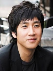 Lee Sun Gyun (choi han sung) there is just something about that voice... ahhh...