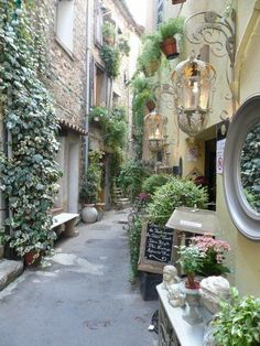 Mougins in Provence..one of my favorite French villages #Provencefrance