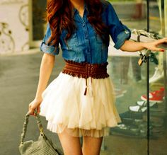Miniskirt, denim button-down, belt. Check. Beauty all up in this.