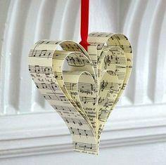Bastelideen mit Papier - Herz aus Notenpapier
