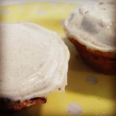 The Art of Comfort Baking: Banana Cupcakes with Honey Cinnamon Cream Cheese Frosting