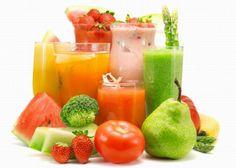 http://www.mindmegette.hu/Szinte már a könyökünkön jön ki, annyit halljuk: táplálkozzunk egészségesen, fogyasszunk sok rostot, vitamint, gyümölcsöt. Igen, igen, de hát jobban szeretjük a krémes-habos édességeket, a fűszeres finomságokat… Itt most mégis valami egészségesről lesz szó. Lássuk csak, mi is az a smoothie!