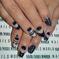 ⚫️◼️ #goodmorning ▪️#negativespace #negativespacenails #fallnailtrends #nailtrends #nailstyle #stripeynails #nailporn #gel #gelnails #nail #nails #nailcare #nailsalon #nailsbyme #nailsdone #nailslove #nailstyle #naildesign #nailpolish #nailsaddict #μανικιουρ #nailtutorial #νυχια #nails2inspire #nailsoftheday #greekbloggers #blacknails #black