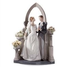 Lladro Porcelain Sculpture:  A Vow of Love | http://www.cybermarket24.com/lladro-a-vow-of-love-porcelain-sculpture/
