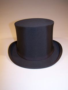 Excellent Condition Men s Black Grosgrain Silk Top Hat from Croll   Keck 7408f8bade87