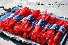 Twizzler Treat perfect for a #LaborDay, #MemorialDay or #July4th party   http://www.stockpilingmoms.com/2012/08/pinterest-daily-pin-twizzler-treat/