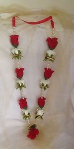 indian-bollywood-asian-wedding-garlands-red-and-ivory