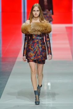 Christopher Kane Runway | Fashion Week Fall 2013