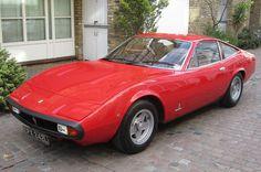 """Ferrari 365GTC  Ferrari 365 GTC/4 Der Wagen stand lange Zeit im Schatten des Aufsehen erregenden """"Daytona"""" und wird heute gelegentlich als der """"vergessene Ferrari"""" bezeichnet. Sein Wert auf dem Klassikermarkt liegt deutlich unter dem des """"Daytona""""."""