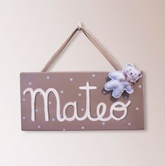 Cuadro infantil con nombre Cuadros Diy, Future Mom, Ideas Para, Maternity, Baby Shower, Letters, Crafts, Taxi, Pallets