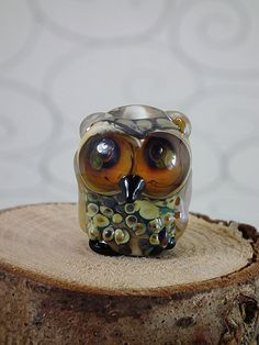 Hey, I found this really awesome Etsy listing at https://www.etsy.com/listing/77258710/paulina-lampwork-owl-bead-sra-free